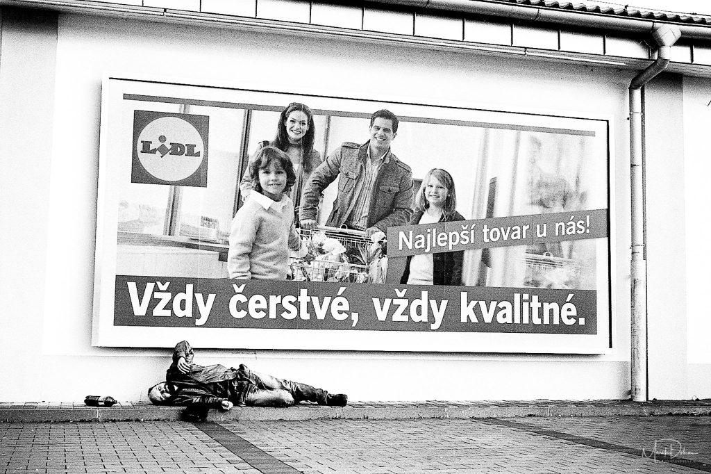 Predaj umeleckých fotografií - Social ABStract - Fotograf Marek Dobias